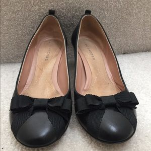 Marc Jacobs Round Toe Pumps Size 6.5